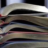 Comparar e contrastar tópicos do papel de pesquisa