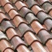 Será que uma telha de barro manter uma casa mais frio ou mais quente?