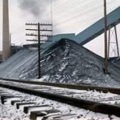 Como faço para converter um metro cúbico de carvão para toneladas?