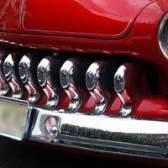 Como calcular o imposto de vendas em veículos alugados