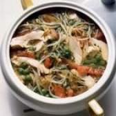 Como pode frango e sopa de arroz