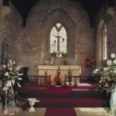 Como decorar o altar da igreja católica no natal