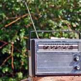Como incorporar código de rádio de streaming