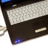 Como obter um cartão micro SD descolar a partir de um laptop