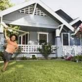 Como nivelar um quintal irregular, desigual
