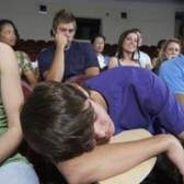 Como parar de dormir em sala de aula