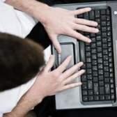 Como usar o mouse pad laptop