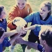 Atividades de desenvolvimento de habilidades interpessoais para adolescentes