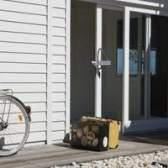Pátio instalação de portas de vidro deslizantes