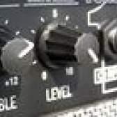 Peavey renome especificações amp 400 guitarra