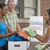 Locais para doar roupas em los angeles para os desabrigados