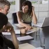 Prós e contras de comunicação empresarial