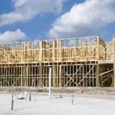 As fases de construção de uma fundação laje de concreto
