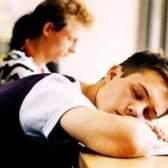 Os efeitos colaterais dos adolescentes não dormir o suficiente