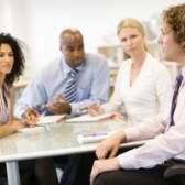 Quais são os canais de comunicação dentro de uma organização?