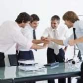 Qual é a diferença entre satisfação no trabalho e cultura organizacional?