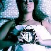O que provoca espasmos quando dorme?