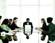 Conselho de curadores vs. Conselho de administração