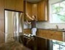 As melhores cores para uma cozinha com armários de bordo