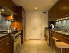 Madeira escura vs. Armários de cozinha de madeira clara