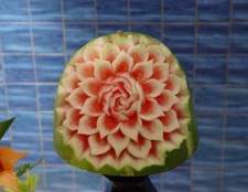 Como faço para fazer decorações de frutas para uma festa com melancias?