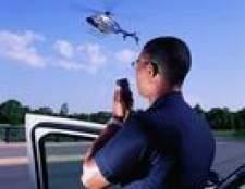 Quanto dinheiro é que um policial faz anualmente, mensal e anual?