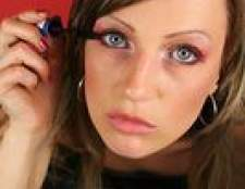 Como aplicar maquiagem dos olhos passo-a-passo