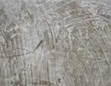 Como anexar uma placa de base para um piso de concreto