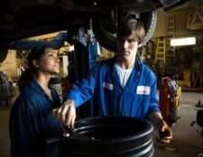 Como fazer uma mudança de óleo em um durango 2003