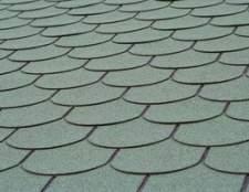Como limpar o musgo off de telhas de asfalto