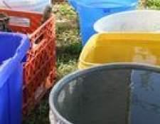 Como limpar tinta a partir de um balde de plástico