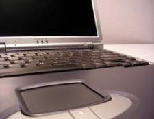 Como conectar um laptop a uma TV usando HDMI