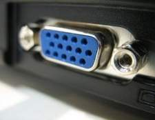 Como conectar um laptop a uma TV analógica