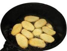 Como cozinhar em uma frigideira de ferro fundido sobre um fogão elétrico