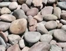 Como cobrir tijolo velha com pedras de rio