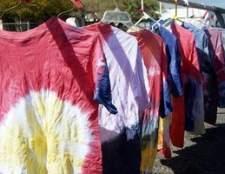 Como Tie Dye impressa camisas