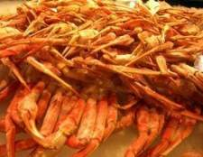 Como comer patas de caranguejo rei