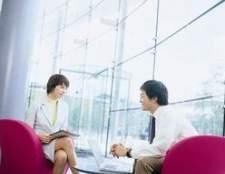 Como formatar uma bibliografia que inclui uma entrevista pessoal