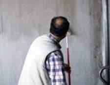 Como obter uma boa linha entre as paredes e teto ao pintar