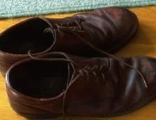 Como se livrar de um cheiro fedido em sapatos