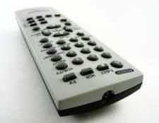 Como inserir o código para um controle remoto de TV