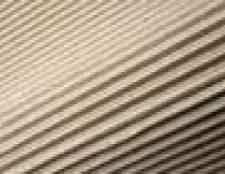 Como instalar painéis de parede de papelão ondulado