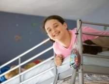 Como manter uma criança fora da cama beliche superior