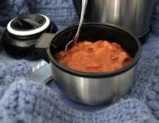Como manter a sopa quente em uma garrafa térmica