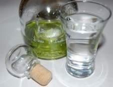 Como fazer uma bebida bull & vodka vermelha