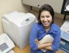 Como substituir toner baixo em uma impressora HP 2600n