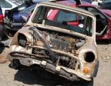 Como comprar veículos de salvamento dos leilões de seguros na Geórgia