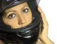 Como colocar uma cinta de queixo em um capacete da motocicleta que ele se encaixa