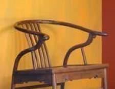 Como refinish mobiliário antigo com uma lixa