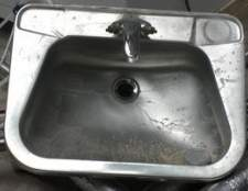 Como remover manchas de água dura de aço inoxidável